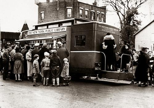 Κινητές βιβλιοθήκες Bronx Bookmobile, 1938