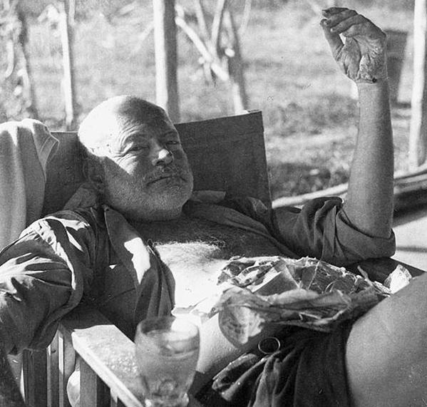 εθισμένοι συγγραφείς Ernest_Hemingway