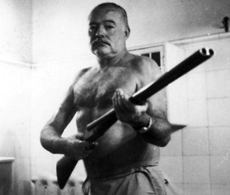 Συγγραφείς που αυτοκτόνησαν Hemingway_1