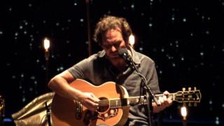 Ο Eddie Vedder συμμετέχει στο OST του Twin Peaks!